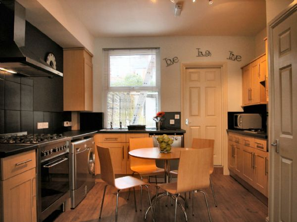Exeter, 8 Bedroomed House